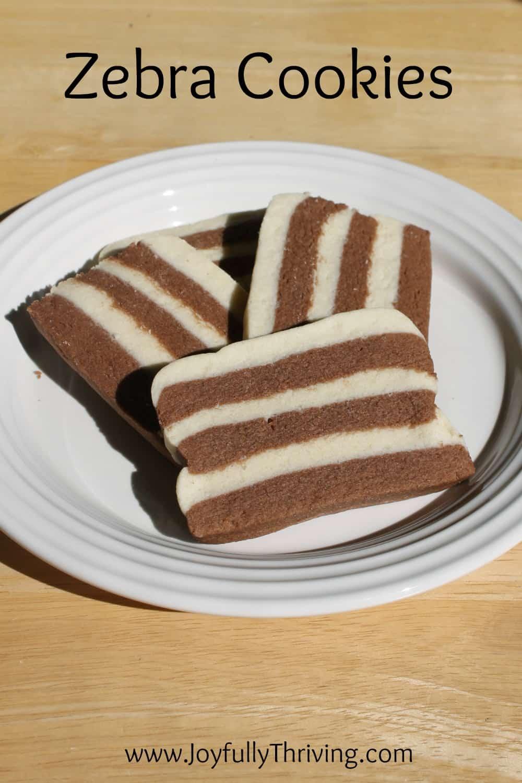 Булочки из дрожжевого слоеного теста с шоколадом