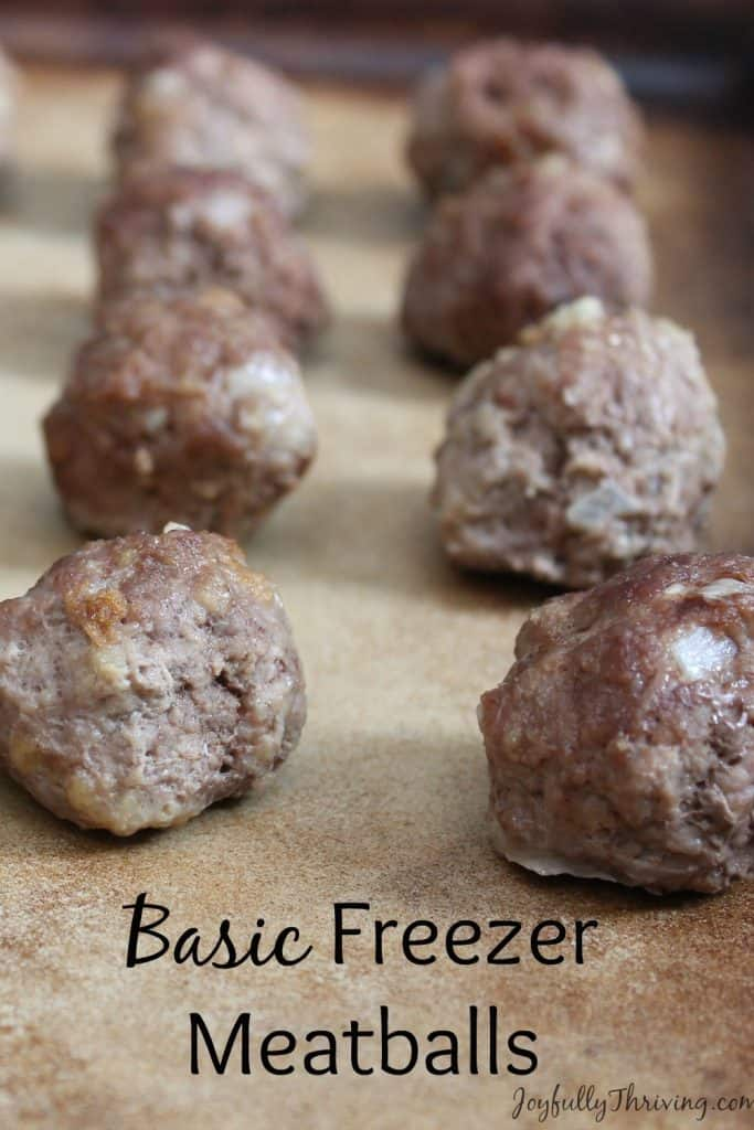 Basic freezer meatballs - An easy recipe for meatballs that can be used in lots of recipes and freezes great, too!