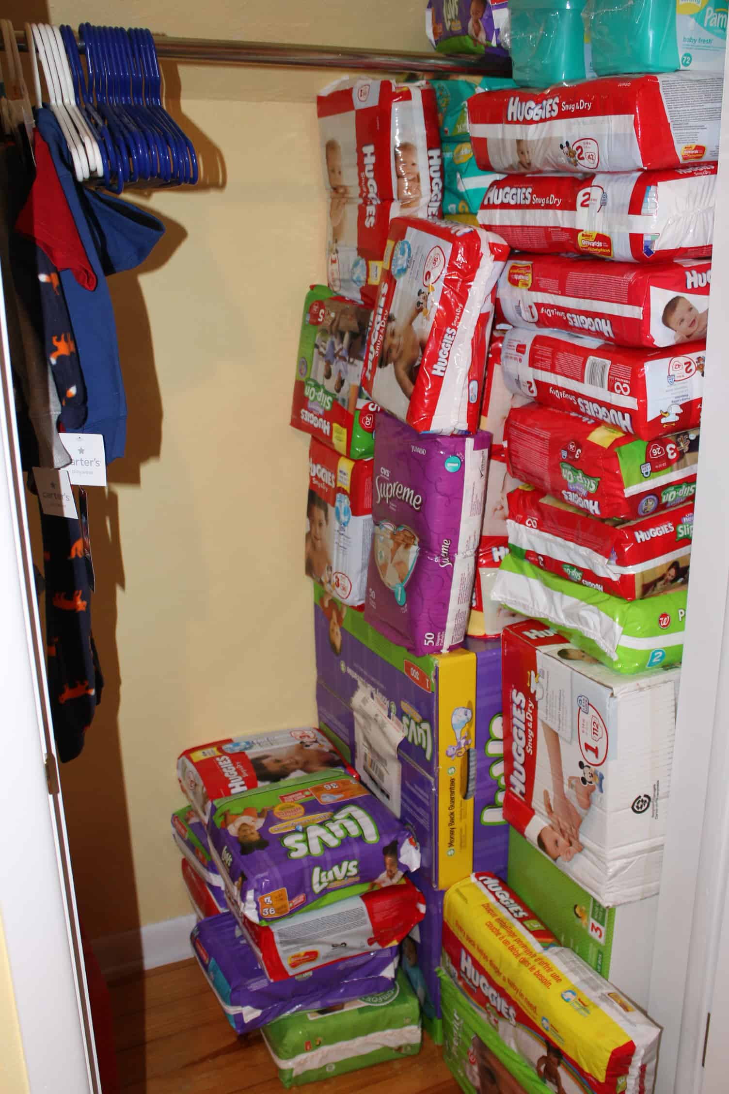 How to Stockpile Diapers for a Baby