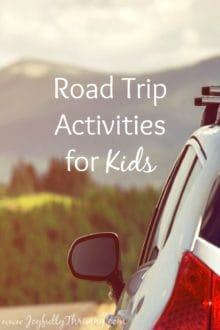 Road Trip Activities for Kids - Looking for ideas to keep your kids happy as you travel?  Lots of great ideas for long road trips. Saving this for the future!