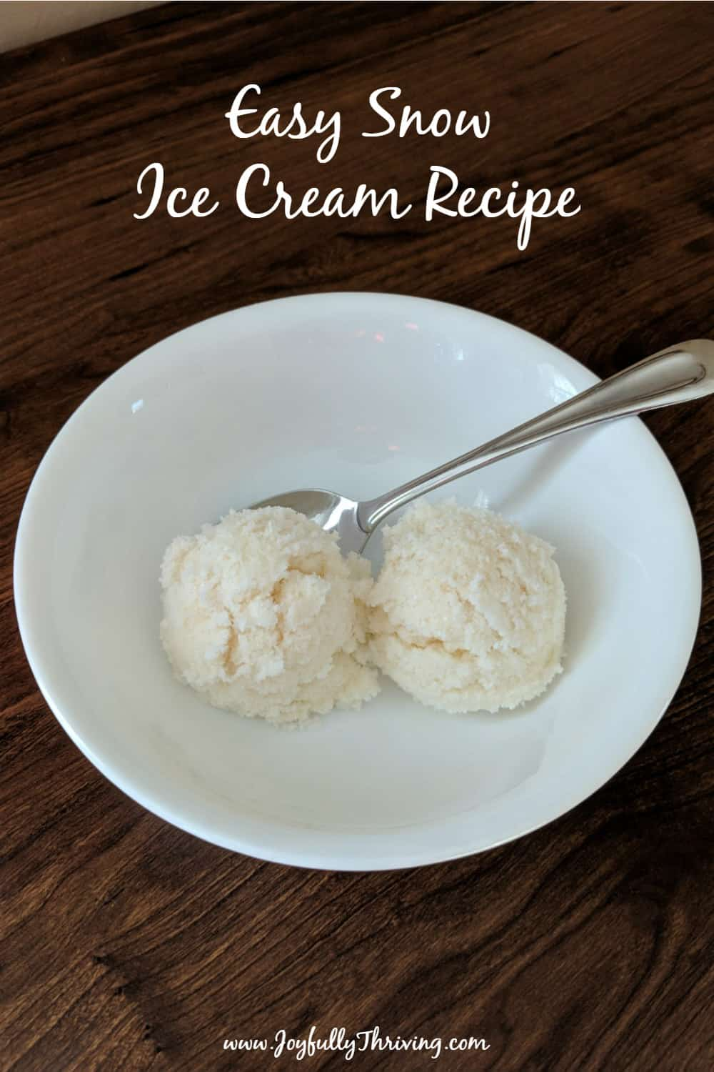 This snow ice cream recipe is so easy and absolutely delicious! Only 3 ingredients. Perfect for snow day fun! #snowday